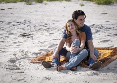 Britt Robertson as Melissa Lynn Henning and KJ Apa as Jeremy Camp in I STILL BELIEVE. Photo Credit Michael Kubeiy-min